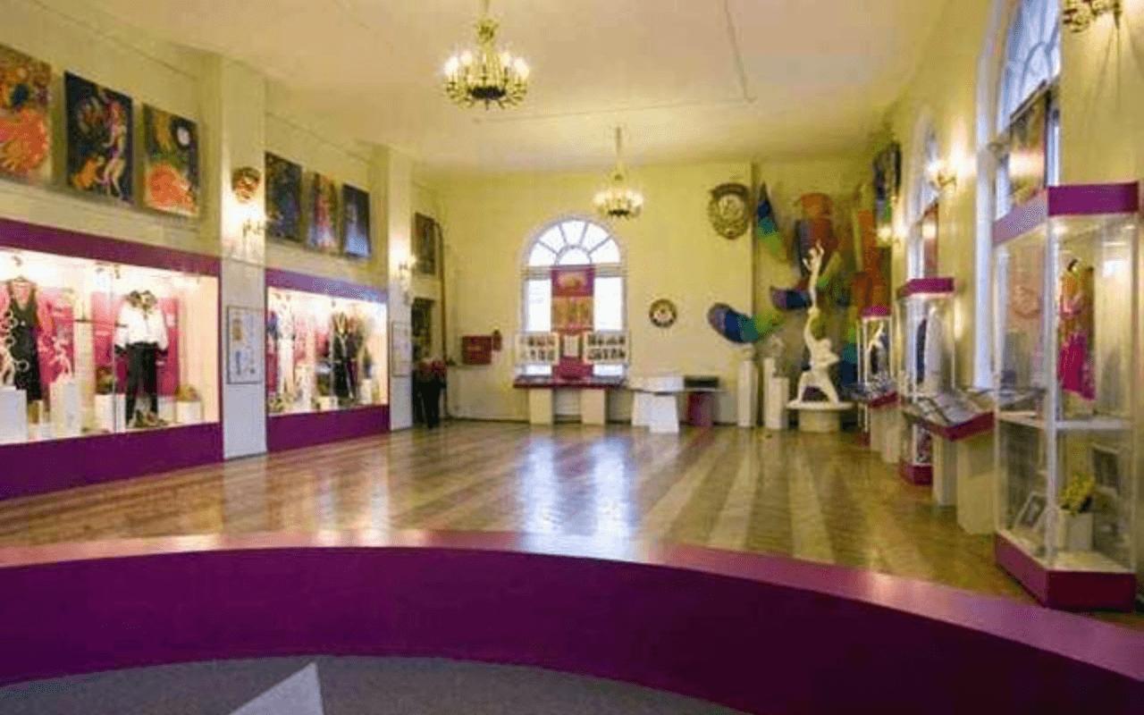 Музей циркового искусства Святошенский район Киева