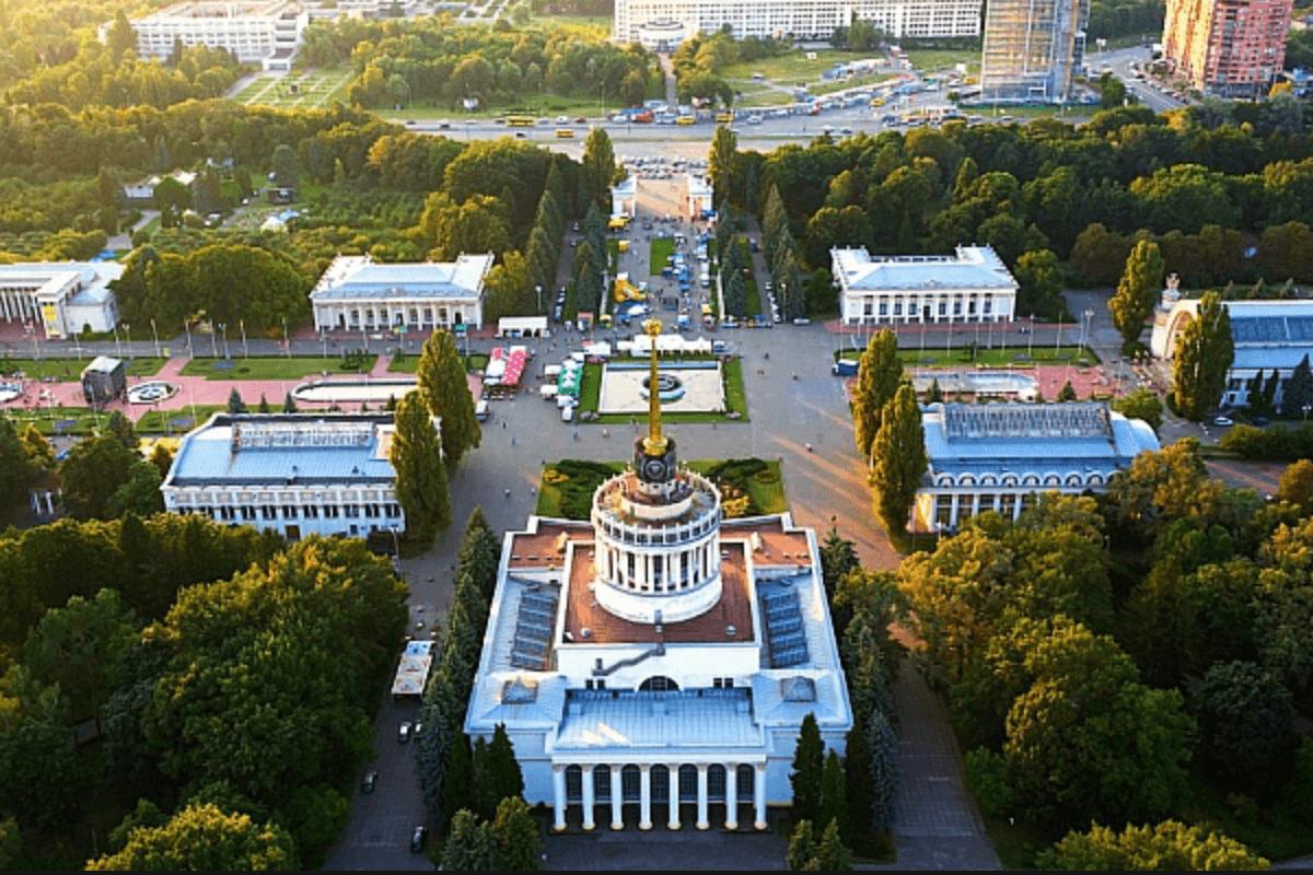 ВДНХ Киев  вид сверху